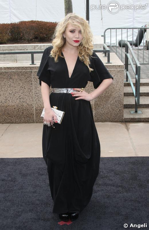Mary-Kate Olsen au 125e anniversaire du Metropolitan Opera à New York le 15 mars