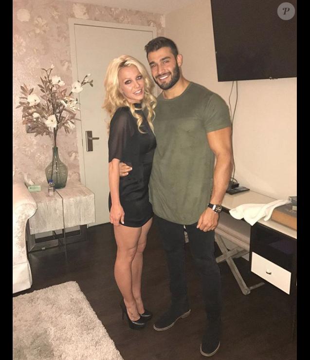 Britney Spears et son petit ami Sam Asghari sur une photo publiée sur Instagram le 7 mai 2017