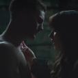 Jamie Dornan et Dakota Johnson durant la scène de la glace dans Fifty Shades Freed.