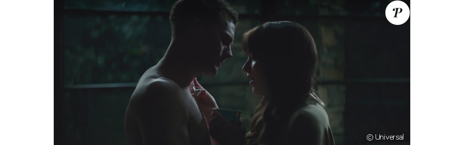 Jamie Dornan et Dakota Johnson durant la scène de la glace dans Fifty Shades Freed.