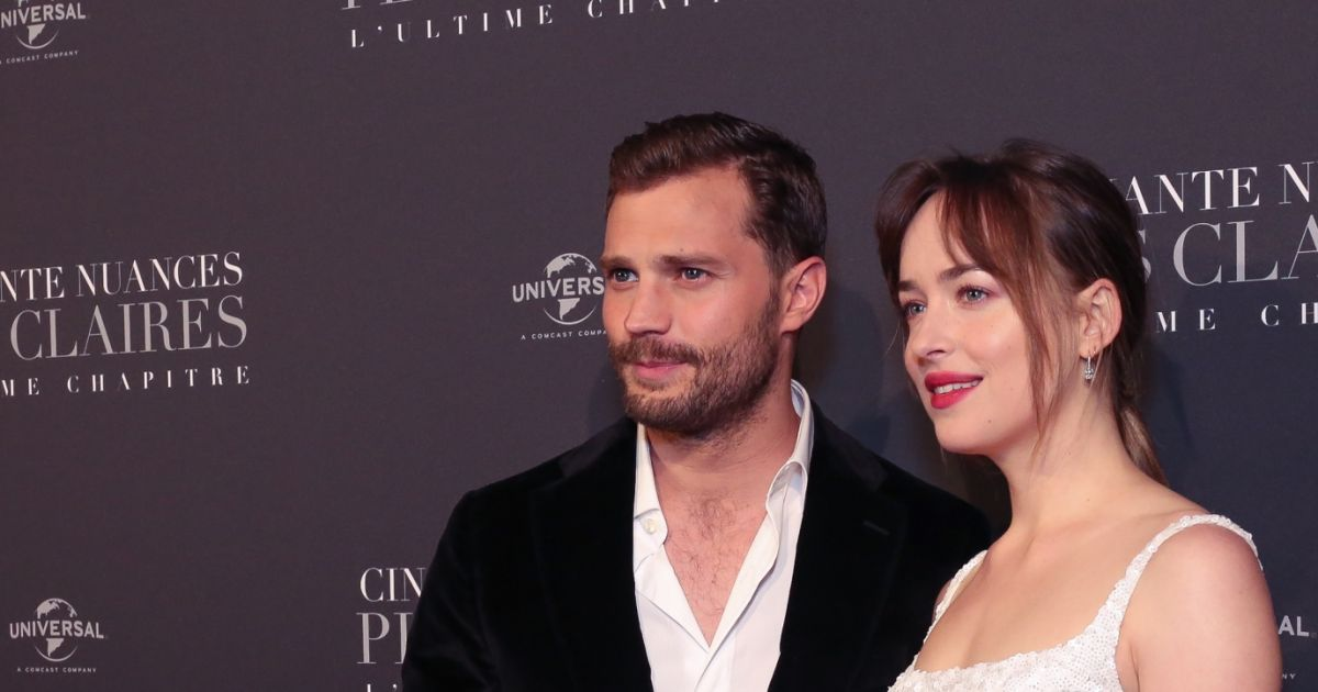 Jamie dornan et dakota johnson int rieur avant for Interieur paris premiere