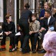 Victoria Beckham embrasse son mari David Beckham et leurs enfants Romeo, Cruz et Harper à l'issue du défilé Victoria Beckham. New York, le 11 février 2018.