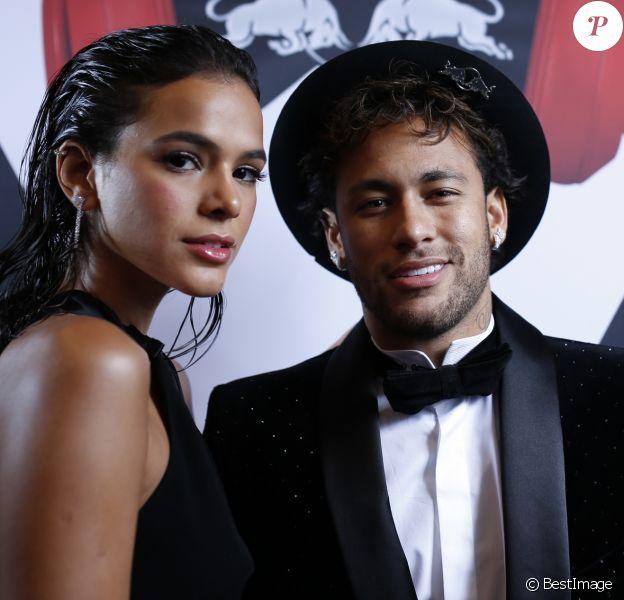 Neymar Jr et sa compagne Bruna Marquezine - Anniversaire du joueur de football du Paris Saint-Germain (PSG), le brésilien Neymar Jr qui fête ses 26 ans au Pavillon Cambon (1er arrondissement) à Paris, France, le 4 février 2018.