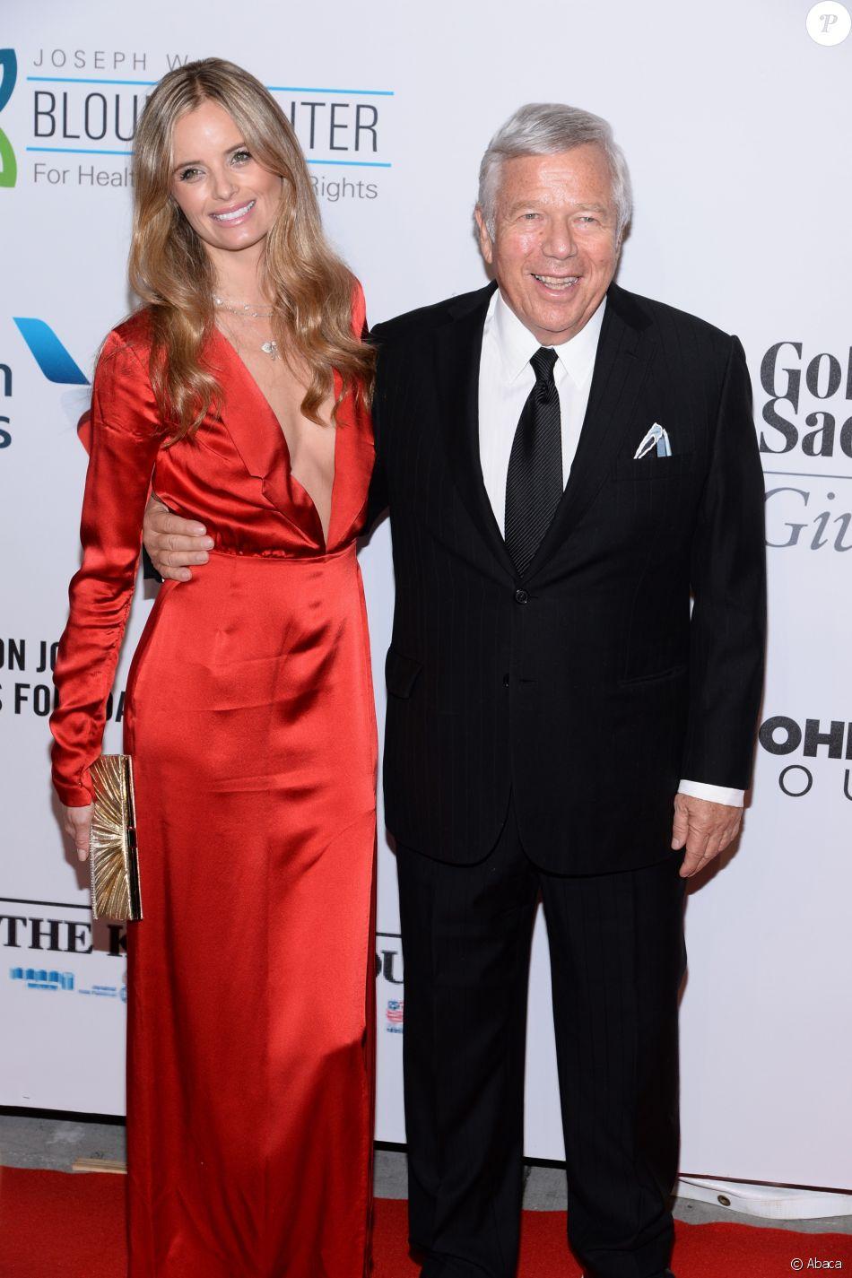 Ricki Noel Lander et Robert Kraft le 28 octobre 2014 lors du 13e gala de la Fondation d'Elton John contre le sida à New York.