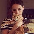 Lolita Séchan et son chat - septembre 2017.