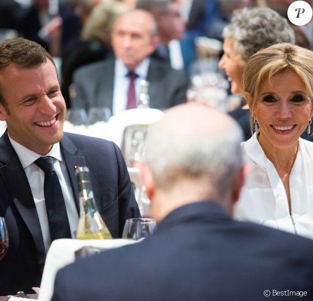 Emmanuel et Brigitte Macron - 33ème dîner du Crif (Conseil Representatif des Institutions juives de France) au Carrousel du Louvre à Paris, France, le 7 mars 2018. © Hamilton/Pool/Bestimage