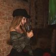 Emma Smet, cocktail à la main, sur son Instagram