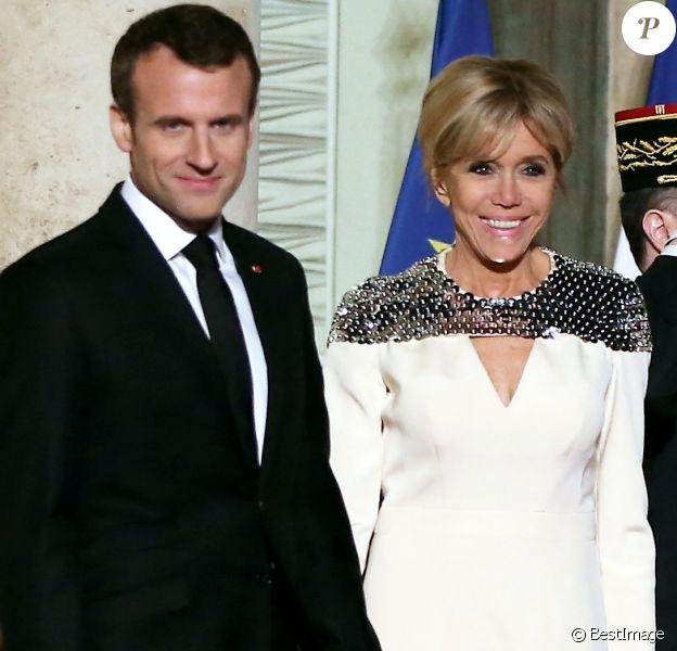 Le président de la République Emmanuel Macron et son épouse Brigitte - Le grand-duc et la grande-duchesse de Luxembourg assistent au dîner d'Etat organisé au Palais de l'Elysée par le président de la République et la première dame à l'occasion d'une visite d'Etat en France à Paris, le 19 mars 2018. © Jacovides-Moreau/Bestimage