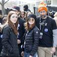 Julianne Moore avec sa fille Liv Freundlich et son mari Bart Freundlich - Les célébrités et des centaines de milliers de manifestants protestent contre les armes à feu (March For Our Lives) à Washington, DC, le 24 mars 2018