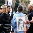 Kendall Jenner et Hailey Baldwin - Les célébrités et des centaines de milliers de manifestants protestent contre les armes à feu (March For Our Lives) à Los Angeles, le 24 mars 2018