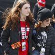 Julianne Moore avec sa fille Liv Freundlich - Les célébrités et des centaines de milliers de manifestants protestent contre les armes à feu (March For Our Lives) à Washington, DC, le 24 mars 2018