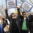 Billie Jean King et sa compagne Ilana Kloss - Les célébrités et des centaines de milliers de manifestants protestent contre les armes à feu (March For Our Lives) à New York, le 24 mars 2018
