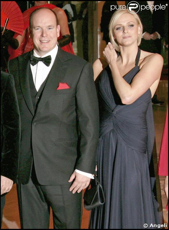 Charlene Wittstock et le prince Albert à Monaco pour le Bal de la Rose en 2008