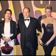 Caroline de Hanovre, le Prince Albert II et Charlene Wittstock, lors du 55e Bal de la Rose, à Monaco, le 28 mars 2009 !
