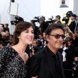 """Charlotte Gainsbourg et son compagnon Yvan Attal - Montée des marches du film """"The Meyerowitz Stories"""" lors du 70ème Festival International du Film de Cannes. Le 21 mai 2017. © Borde-Jacovides-Moreau/Bestimage"""
