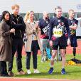 Le prince Harry et Meghan Markle ont rendu visite aux athlètes britanniques préparant les 4e Invictus Games (du 20 au 27 octobre 2018 à Sydney en Australie) sur le campus de l'Université de Bath le 6 avril 2018.