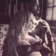 Khloé Kardashian (enceinte) et Tristan Thompson. Mars 2018.