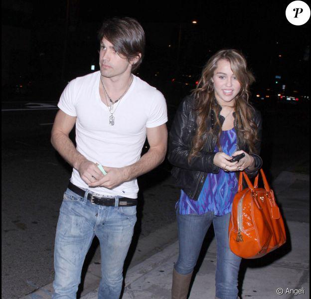 Miley Cyrus et son amoureux Justin Gaston