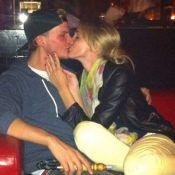 Mort d'Avicii : Son ex Emily lui rend hommage, les fans du DJ la descendent