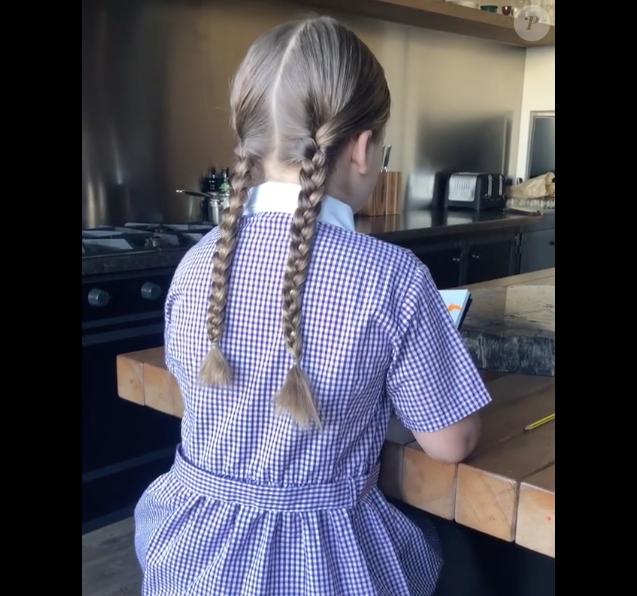 Harper Beckham dévoile son charmant accent anglais sur Instagram, ce 25 avril 2018.