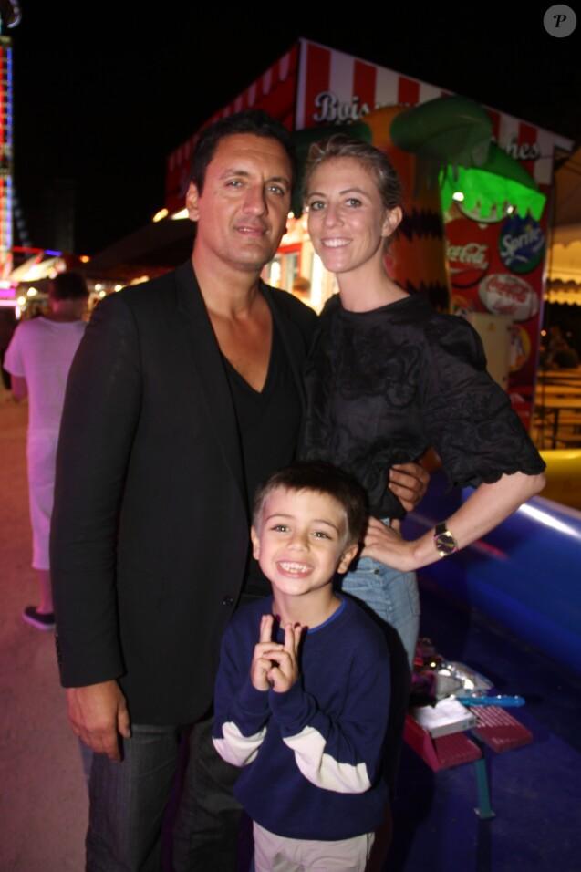 Dany Brillant, sa femme Nathalie et leur fils Lino à l'inauguration de la fête des Tuileries organisée par Caroline Barclay le 24 juin 2016. © Philippe Baldini / Bestimage