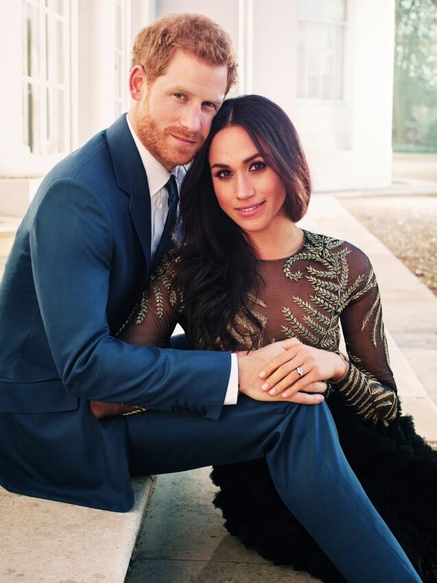 Le prince Harry et Meghan Markle - Photo officielle de leurs fiançailles signées par Alexi Lubomirski à Frogmore House, Windsor, le 21 décembre 2017.