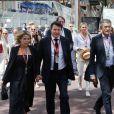 Christian Estrosi et sa femme Laura Tenoudji dans les paddocks lors du 73ème Grand Prix de Formule 1 de Monaco, le 26 mai 2018. © Cyril Dodergny/Nice Matin/Bestimage