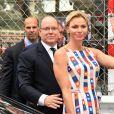 Le prince Albert II de Monaco et la princesse Charlene arrivent au 76e Grand Prix de Formule 1 de Monaco le 28 mai 2018. © Bruno Bebert/Bestimage