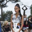 Laura Harrier - Front row au défilé de la collection croisière Louis Vuitton 2019 dans les jardins de la fondation d'art Maeght à Saint-Paul-De-Vence, France, le 28 mai 2018.