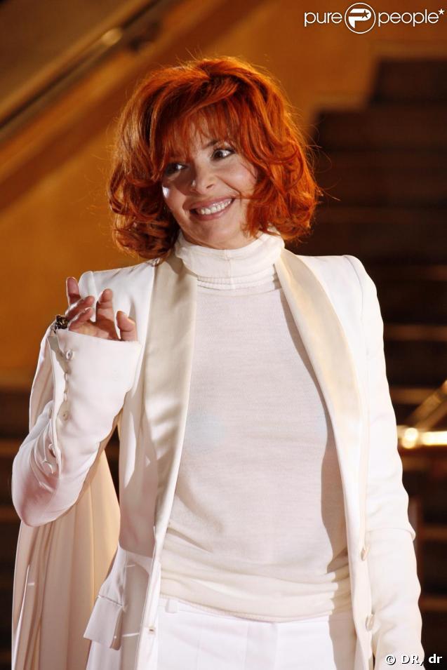 Mylène Farmer... Pour sa tournée 2006, c'est Franck Sorbier qu'elle a choisi pour l'habiller !