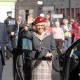 Camilla Parker-Bowles à la sortie de l'église Glen Muick, à Ballater, ce dimanche de Pâques