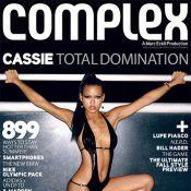 Cassie sort... l'artillerie sexy en même temps que... son nouveau single !