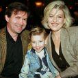 Jordy entouré de son père Claude et de sa mère Patricia