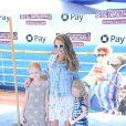 """Rebecca Gayheart et ses filles Billie et Georgia Dane à la première de """"Hotel Transylvania 3: Summer Vacation"""" au Regency Village à Westwood, le 30 juin 2018"""