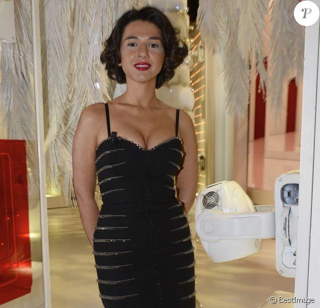 """Khatia Buniatishvili - Enregistrement de l'émission """"Vivement Dimanche"""" à Paris, le 17 décembre 2014."""