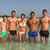 Véronique Zidane : Canon en bikini avec ses 4 enfants, tous musclés !