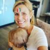 Laura Tenoudji : Supportrice fière des Bleus avec son adorable petite Bianca