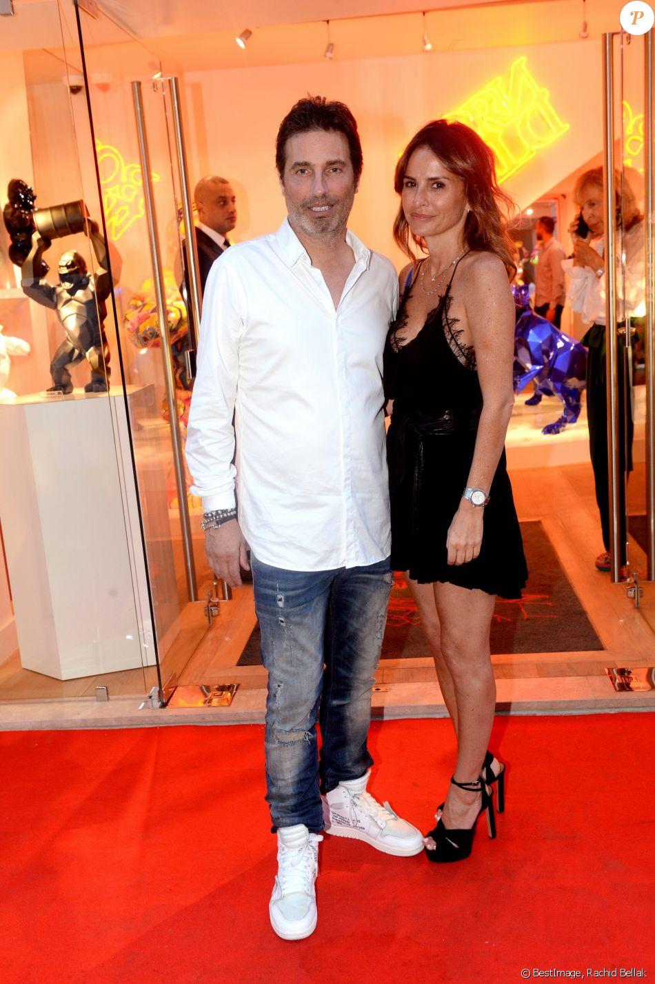 Exclusif - Richard Orlinski et sa compagne Stéphanie - Vernissage de la galerie Richard Orlinski à Saint-Tropez le 18 juillet 2018. © Rachid Bellak/Bestimage