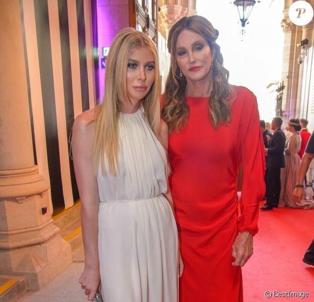 """Caitlyn Jenner et Sophia Hutchins au """"Life Ball 2018"""" à Vienne, le 2 juin 2018."""