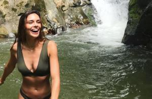 Marine Lorphelin sublime bikini en Colombie : Son chéri sous le charme