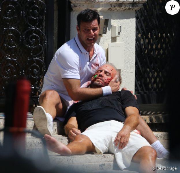 Edgar Ramirez (Gianni Versace) et Ricky Martin (compagnon de Gianni Versace, Antonio D'Amico) sur le tournage de la série ''Versace : American Crime Story'' à Miami, le 10 mai 2017.