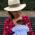 Maud Fontenoy pose avec son nouveau-né, Côme, sur Twitter. Juin 2018