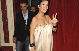 Une Mélanie Doutey toute en rondeurs a remis le Molière de la meilleure comédienne à... Anne Alvaro ! La grossesse lui va si bien ! (réactualisé)