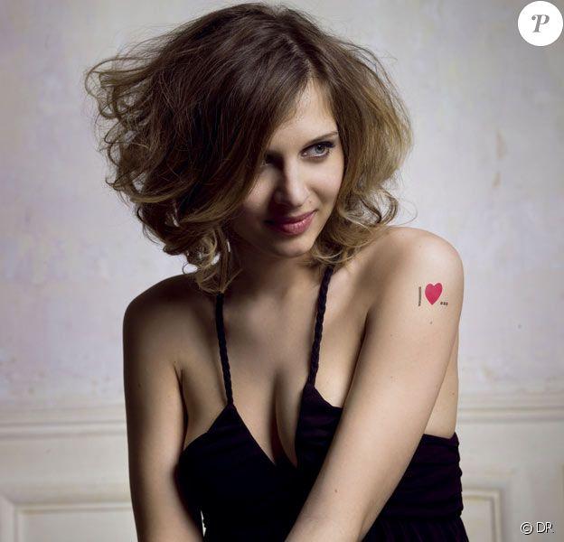 Amandine Bougeois , la gagnante de Nouvelle Star 2008