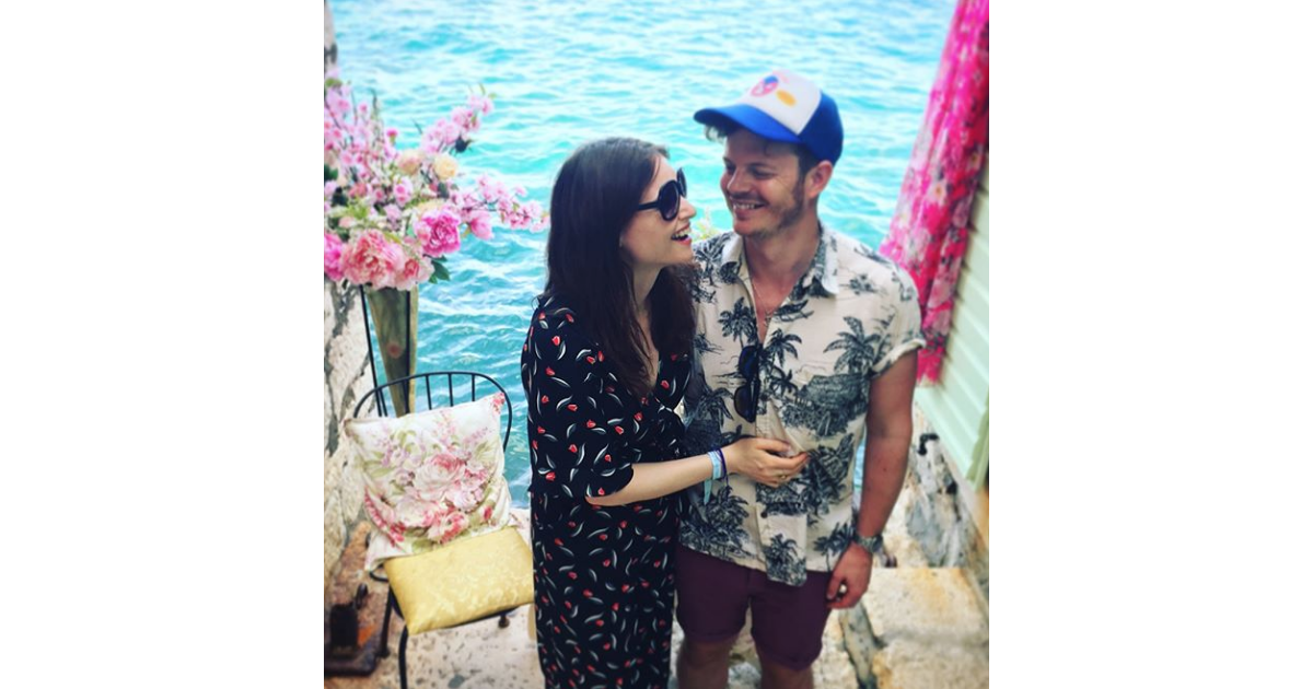 sophie ellis bextor et son mari richard jones photo instagram rovinj en juin 2018 attendent. Black Bedroom Furniture Sets. Home Design Ideas