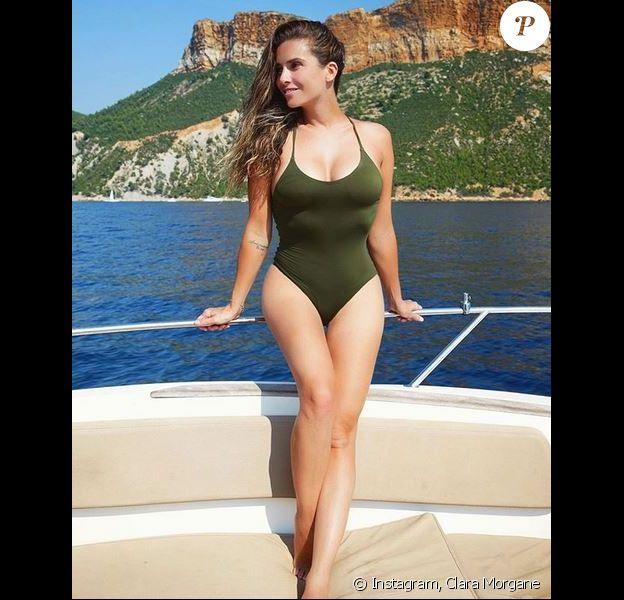 Clara Morgane en vacances dans le sud de la France. Août 2018.