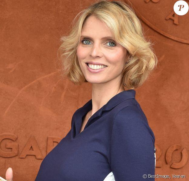 Sylvie Tellier, enceinte au village lors des internationaux de France à Roland Garros le 10 juin 2018. © Veeren / Bestimage