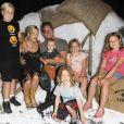 Tori Spelling et son mari Dean McDermott sont allés visiter le village de SmallFoot Yeti avec leurs enfants Stella, Liam, Hattie, Finn et Beau à Hollywood, le 14 septembre 2018