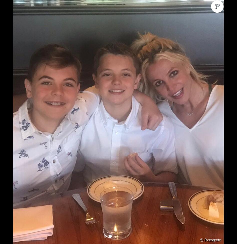Britney Spears et ses fils Jayden et Sean. Mai 2018.