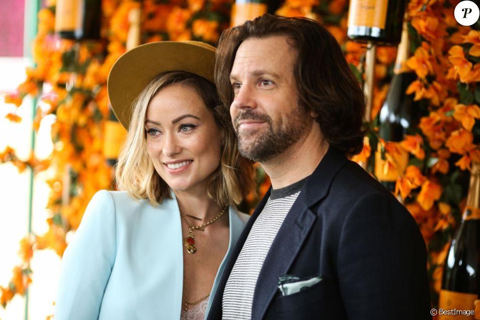 """Olivia Wilde et son compagnon Jason Sudeikis à la 9ème édition du """"Veuve Clicquot Polo Classic"""" au Will Roger State Historic Park à Los Angeles, le 6 octobre 2018."""
